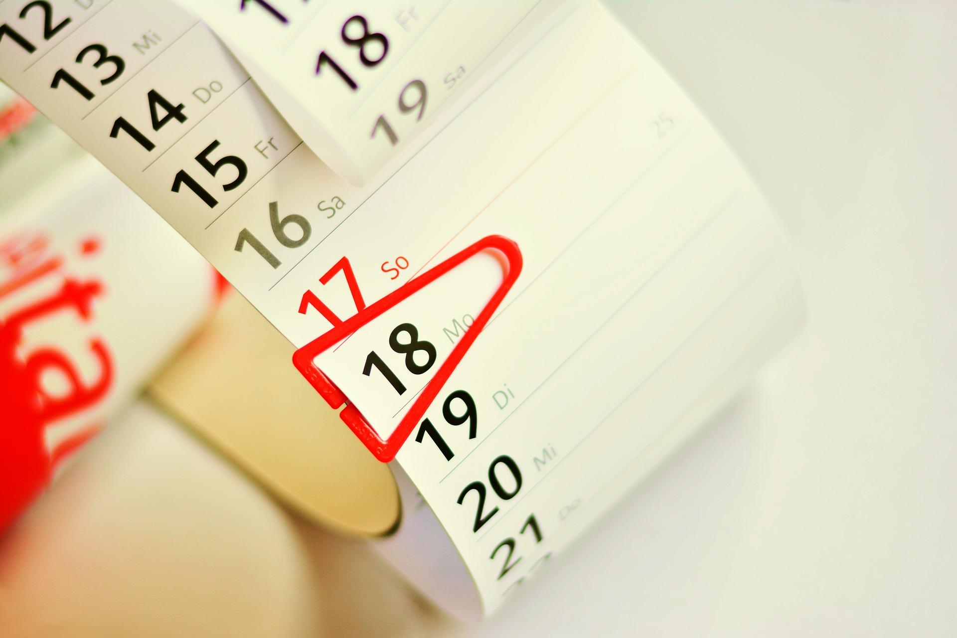 SVG, который показывает актуальную дату
